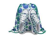 Barn blåbär sneakers i gympapåse, stl. 28-35