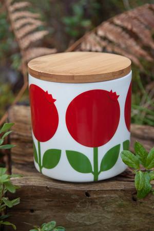 Jar 0,75 L with wood lid, Lingonberry
